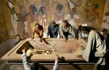 stone-coffin1