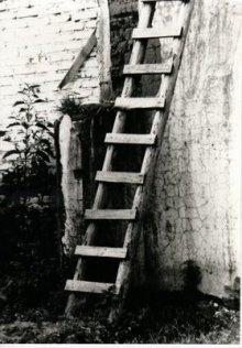 La mala suerte debajo de las escaleras soy esot rica - Evitar la mala suerte ...