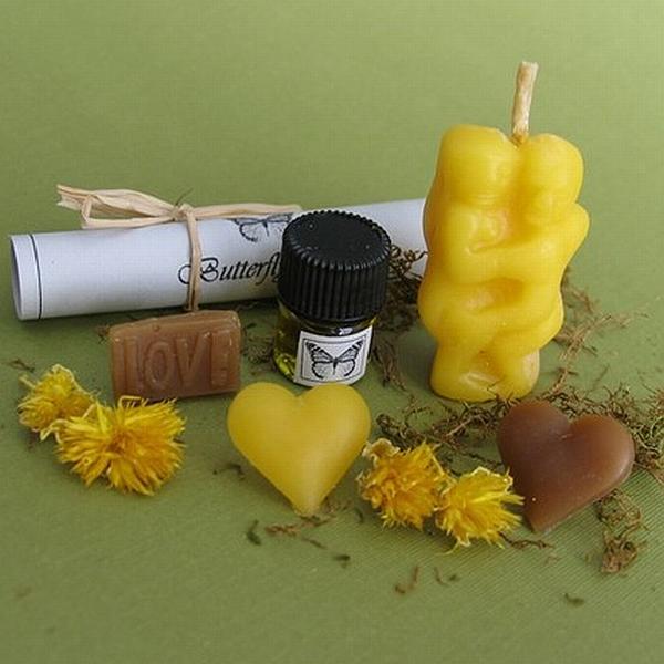 Consigue los elementos necesarios para tu ritual por San Valentín